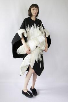 Claudia Li fluffy and smooth silhouette sculpture - Blank Magazine NONZEN.com