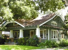 Exterior Paint Colors for Any Types of Your House : Wondeful Traditional Colonial House Exterior Paint Colors Design