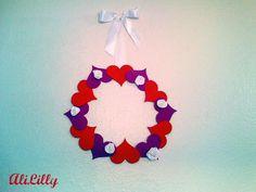 Kids Valentine's Craft: Heart Wreath