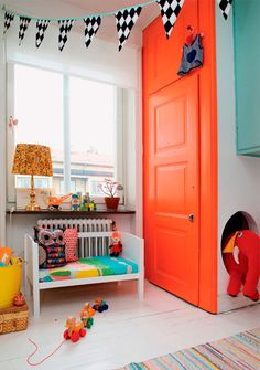 Decoração // Quarto para Bebê Menina // Decoração // Sofá Pequeno // Brinquedos // Colorido // Fofo ^^