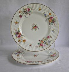 Minton China Marlow Pattern Set of 2 Salad Plates Wreath Backstamp England