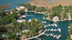 Wexford is a unique golf, yachting and tennis community with an elaborate interior harbor. It boasts an 18-hole championship golf course, 37.5 acre harbor, lawn and racquet club, swimming pool, clubhouse and miles of bike trails. Best of all, Wexford is an active, friendly family-oriented community.