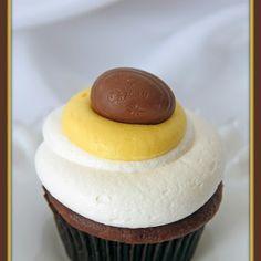 Cadbury Easter Creme Egg Cupcakes