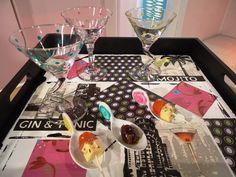 Bandeja y copas decoupage y pintura sobre vidrio y porcelana