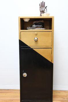DIY: cabinet restyle
