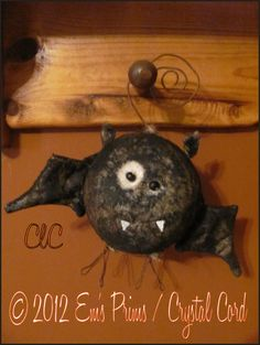 primit halloween, halloween bat, halloween crafti, bats, country decor, christma craft, primitive, ornaments, batornamentgif 7581008