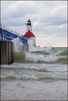 Fall Waves, St. Joseph Michigan Lighthouse, Michigan