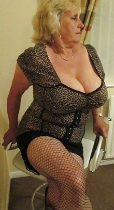 Mature and Milf naked amateur blog