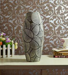 Cutout-pottery-vase-2-home-.jpg (453×501) sgraffito pottery, sgraffito techniqu