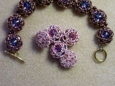 TC BEADS teaches because she loves to teach & weave :) COMPLETE instructions on making a 16mm rivoli beadwork bracelet -- LOVE these tutorials !! Love the bracelet !!