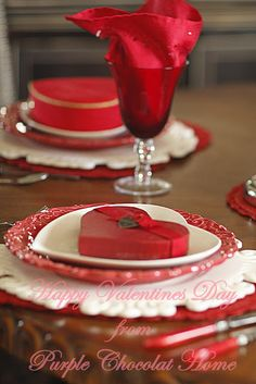 Purple Chocolat Home: Very Very Valentines Table