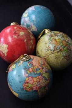 Set of 4 Globe Decorations