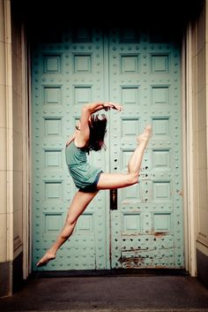 dance strength and beauty