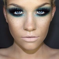 Smoldering eye with blue highlight paired with nude lips. Absolutely LOVE this look by Samantha Ravndahl