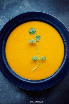 Zupa z pieczonej marchwi z mlekiem kokosowym