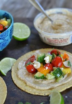 Beat the heat with this NO COOK Hummus and Mexican Chopped Salad Tacos | mountainmamacooks.com #TacoTuesday