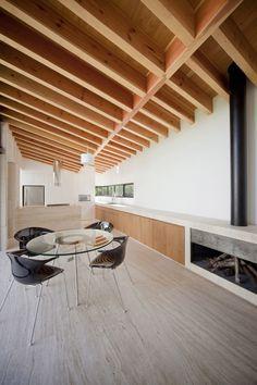 chimenea integrada en mueble cocina. Casa Atlixco / Taller Héctor Barroso
