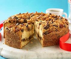 Chocolate-Pecan Coffee Cake, totally worth the indulgence! More festive brunch recipes: http://www.midwestliving.com/food/breakfast/25-festive-brunch-recipes/?page=24&esrc=nwbm121813&sssdmh=dm17.712199 coffee cakes, brunches, pecan coffe, brunch recipes, breakfast breads, coffee cake recipes, muffin, coffe cake, dessert