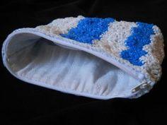 zippered plarn pouch