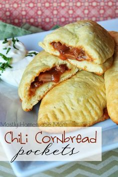 Chili Cornbread Pockets - cornbread refrigerated biscuits and prepared chili make this dinner a snap to put together! homemade stuff, sour cream, homemad mom, chili cornbread, cornbread pocket, biscuit, pulled pork, cheese recipes, weeknight dinners