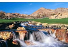 Designed by renowned golf course architect Rees Jones, Cascata Golf Club in Las Vegas, NV opened in 2000 and quickly was celebrated as one of the finest designs in the world. Only 30-minutes from the Las Vegas strip, Cascata is the ultimate in privacy, luxury and uncompromising service.