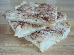 Cream Cheese Blintz Bars! Very simple recipe using white loaf bread #FlourMeWithLove, #creamcheese, #bars, #breakfast, #dessert