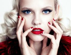 38 Inspiring Holiday Makeup Looks from Pinterest