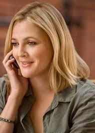 sand, shoulder length hairstyles, hair colors, tablecloth, eyeshadow, road trip, drew barrymore blonde hair, actress, going the distance