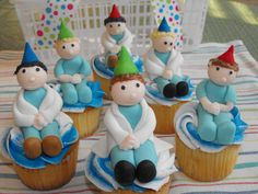 Doctor Cupcakes by daisybelle via Cake Central