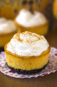 Bite sized oreo cheesecakes with lots of pumpkin flavor.