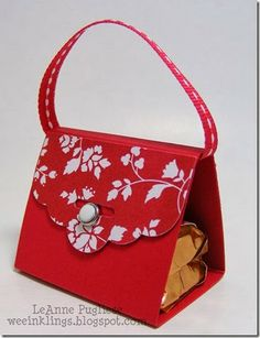 Wee Inklings: Scalloped Tag Topper Punch Purse