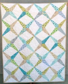EZ Dresden Wedge Quilt | Squares and Triangles