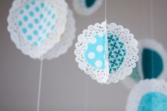 I love this DIY doily mobile! #baby #shower #decoration #diy #doily