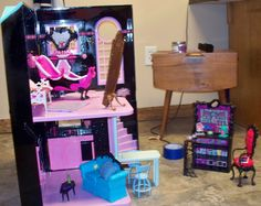 Doll House Reno, Daughter wanted Monster High Doll House but we already had Barbie's TownHouse so we flipped it!