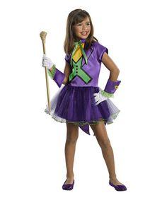 Jocker halloween costume. I bet I could make something like that.