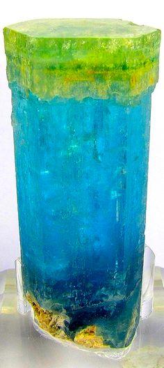 Beryl var. Aquamarine with Heliodor tip.