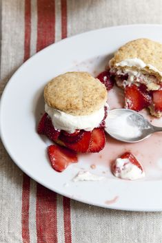 GET IN OUR FACES! (Strawberry shortcake)