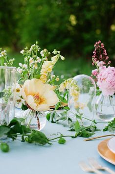 Garden wedding centerpiece inspiration: #flowers #centerpiece: http://heathernanphoto.com/journal/....