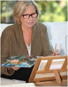 Free Beginner Painting Lessons - Use these free, online demonstrations to teach yourself how to paint with oils, acrylics and watercolors.