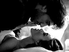 kiss, romanc, chanel, keira knightley, dark hair, sexi, coupl, passion, sensual