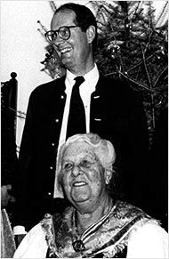 "Johannes von Trapp with his mother, Maria, in 1984. The von Trapp family was depicted in the movie ""The Sound of Music,"" in which Julie Andrews portrayed Mrs. von Trapp."