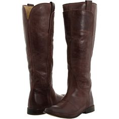 A good riding boot is a must have - in dark brown and black, please!