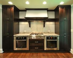 Cooktop with double oven kitchen corner