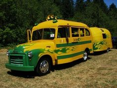 Way cool Oregon Ducks fan tailgate truck and camper! #nationalbrand