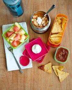 Lunch Menu #17: tortilla soup. Click through for 16 more healthy + delicious + doable lunchbox ideas!
