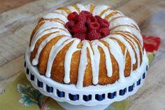 Raspberry- Lemonade Bundt Cake | Recipe Girl bundt cakes, raspberri, cake recipes