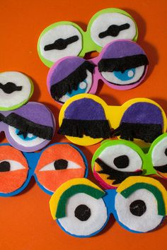 Muppet photo booth eyes! Technicolor Muppet madness at this Austin wedding