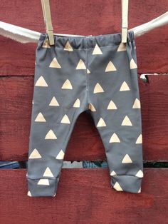 Gray triangle Baby leggings, infant leggings, organic cotton leggings, printed leggings