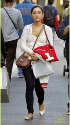 Ariana Grande Style On Pinterest Ariana Grande Cat Valentine And Victorious