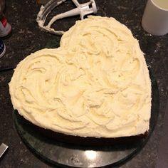 Sophie Likes Cake: Banana and Feijoa Cake